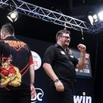 Wade wint in een memorabele finale van Smith de World Series of Darts Finals