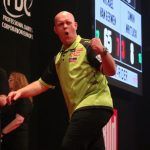 Michael van Gerwen eenvoudig naar kwartfinales in Sindelfingen